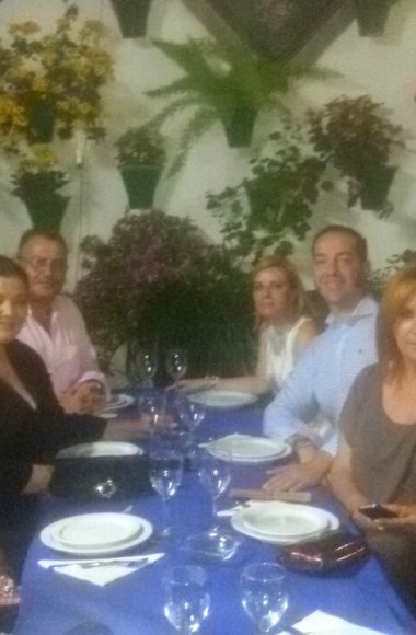 Charo Reina en el Restaurante en Cordoba Sociedad Plateros Maria Auxiliadora 04