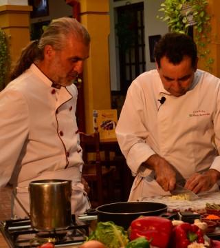 La television de Turquia en el Restaurante Sociedad Plateros Maria Auxiliadora 04