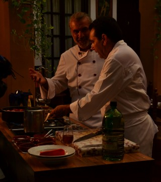 La television de Turquia en el Restaurante Sociedad Plateros Maria Auxiliadora 06