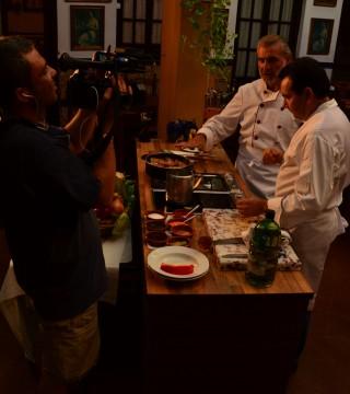 La television de Turquia en el Restaurante Sociedad Plateros Maria Auxiliadora 07