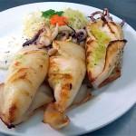 Calamares a la plancha en Restaurantes de Cordoba ociedad-Plateros-Maria-Auxiliadora turismo para grupos con cocina mediterranea