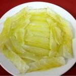 Jamon de Bacalao con aceite de oliva cordobes sin gluten para celiacos comer en patio tipico cordobes con los arcos como la Mezquita Restaurante en Cordoba Sociedad Plateros