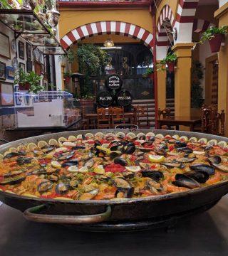 Curso de paella para estudiantes franceses en el Restaurante Sociedad Plateros Maria 02