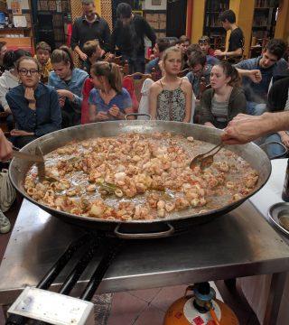 Curso de paella para estudiantes franceses en el Restaurante Sociedad Plateros Maria 09