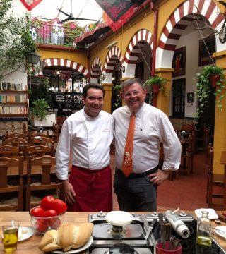Andalucia Directo en el Restaurante Sociedad Plateros Maria Auxiliadora