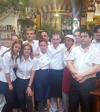 Estudiantes de la Escuela de hosteleria de Polonia CKZiUW Sosnowcu ( Polonia) Todos