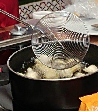 03-Bunuelos al viento sin gluten del Restaurante Sociedad Plateros Maria Auxiliadora