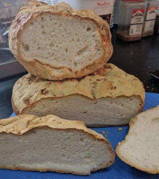 Pan de kilo sin gluten del Restaurante Sociedad Plateros Maria Auxiliadora 01