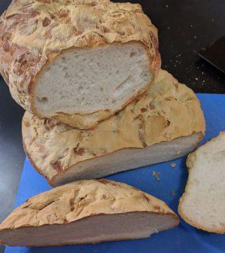 Pan de kilo sin gluten del Restaurante Sociedad Plateros Maria Auxiliadora 02