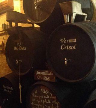 Despacho de vinos a granel Sociedad Plateros María Auxiliadora 13